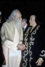 Sri Gurudev with Coretta Scott King